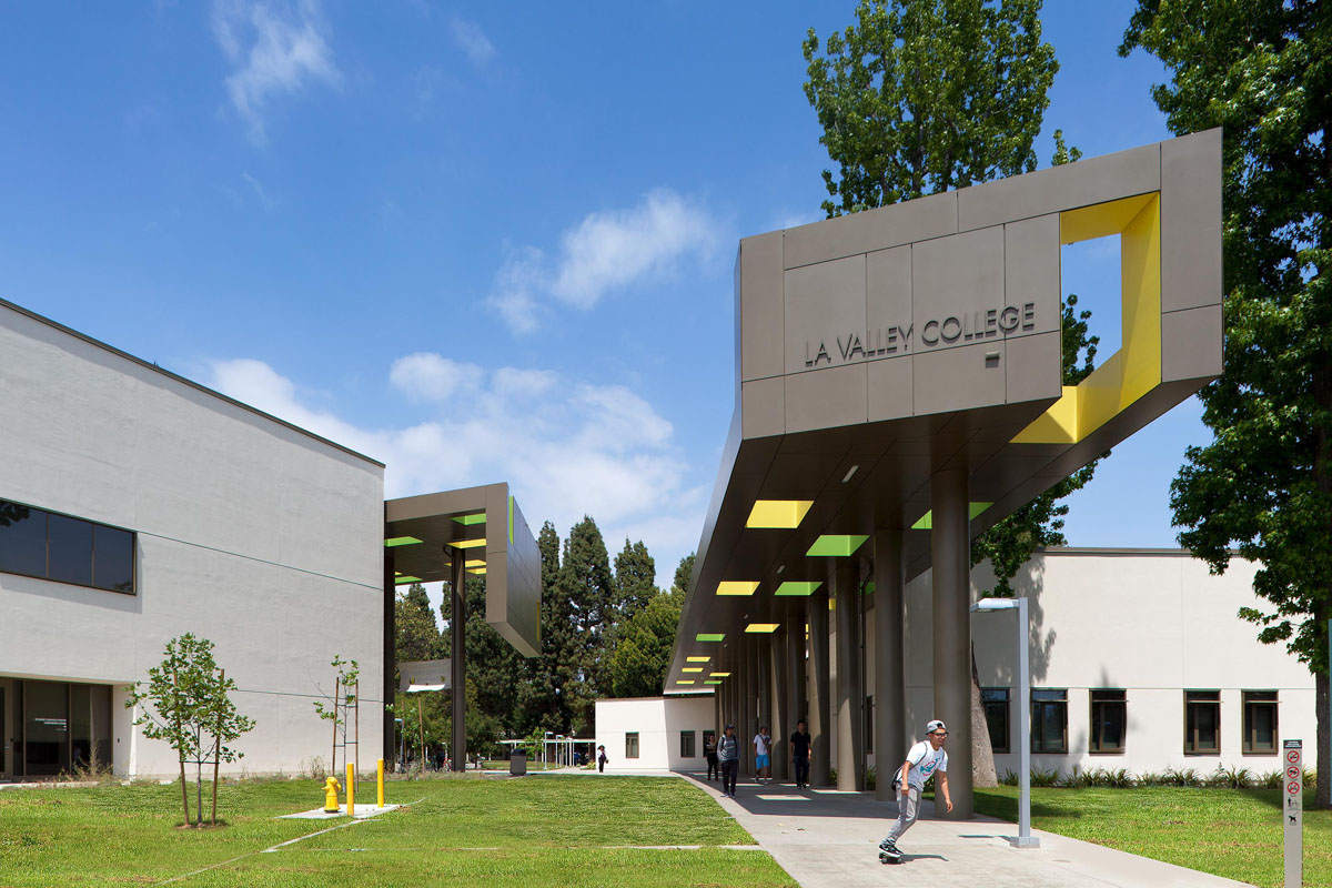 LA Valley College. Architect: Steinberg Hart.